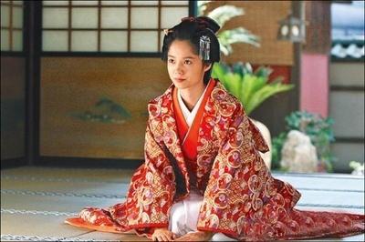 日本跪坐礼仪-苏州日语培训班-苏州日语学校
